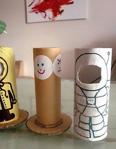Changing Faces - Toilet Roll Dolls. you can rotate the faces!!