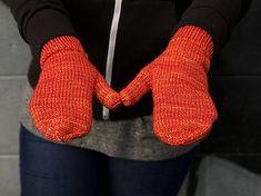 Knitting Patterns Perfect For Beginners Adknits # strickmuster perfekt für anfänger adknits # modèles de tricot parfaits pour les débutants adknits Beginners Knitting Kit, Easy Knitting Projects, Knitting Kits, Loom Knitting, Knitting Socks, Knitting Patterns Free, Free Knitting, Crochet Patterns, Beginner Knitting