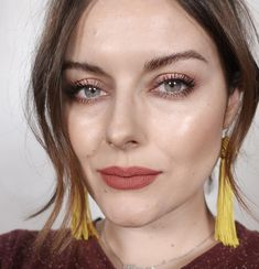 "1,871 Synes godt om, 138 kommentarer – Katie Jane Hughes (@katiejanehughes) på Instagram: ""Halo Eyes - Ginger Lips Skin: Teint Idole Stick @lancomeofficial Glow: Haloscope ""Quartz""…"""