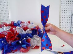 Wreath tutorial using Red White Blue Deco Poly Mesh, Ruffle technique, Pencil Wreath with Ball and wire edge ribbon