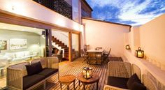 Valencia Luxury Trinitarios - #Apartments - $89 - #Hotels #Spain #Valencia #CiutatVella http://www.justigo.com.au/hotels/spain/valencia/ciutat-vella/valencia-luxury-trinitarios_26946.html
