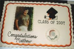 Graduation cake with Printable Photo Topper from martha stewart