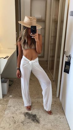 Cancun Outfits, Outfits For Mexico, Pool Party Outfits, Miami Outfits, Honeymoon Outfits, Mexico Vacation Outfits, Boat Party Outfit, Summer Beach Outfits, Cold Beach Outfit