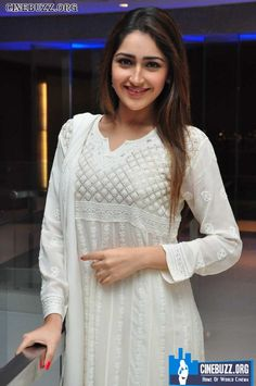 Latest Hot Pics of Sayyeshaa Saigal