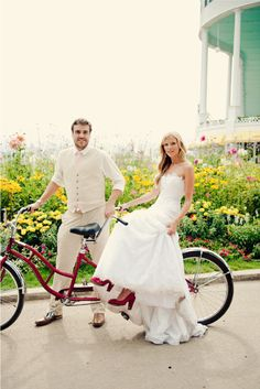I love this Mackinac wedding!