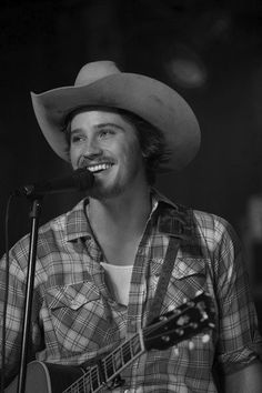 Garrett Hedlund: Pretty face, pretty voice, and plays a guitar. I'm in love!