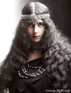 Cléopatra Diane de Mérode was a French dancer of the Belle Époque.  Color@SilentCuriosity