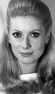 Catherine Deneuve, French Actress, Old Actress, Hollywood Actor, Hollywood Stars, Vintage Hollywood, Classic Hollywood, Classic Actresses, Actors & Actresses