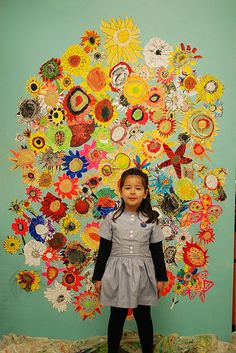 The whole of Year 2 painted a flower and compiled them together on this canvas for our upcoming exhibition. Group Art Projects, Classroom Art Projects, Arts And Crafts Projects, Art Classroom, Murals For Kids, Art For Kids, Van Gogh For Kids, Collaborative Mural, Starry Night Art