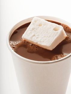 Hot Spiked Cocoa and Coffee Drinks to Warm up Your Winter - the best coffee and hot chocolate cocktails