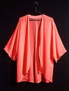 The must-have kimono. #HMLovesMusic #HMDivided #Kimono