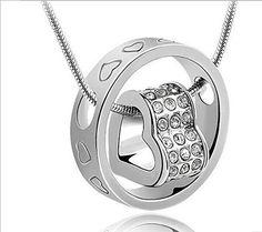 Sale Preis: Silber Farbe Metall Jeweled Herzen gravierte Ring Halskette weißer Organza-Geschenk-Beutel (durch Northern Coast). Gutscheine & Coole Geschenke für Frauen, Männer und Freunde. Kaufen bei http://coolegeschenkideen.de/silber-farbe-metall-jeweled-herzen-gravierte-ring-halskette-weisser-organza-geschenk-beutel-durch-northern-coast