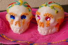 15 Festive Día de Muertos Crafts for Kids