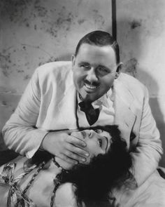 Island of Lost Souls: as Doctor Moreau, Charles Laugthon gets to grips with Lota the Panther Woman (Kathleen Burke)