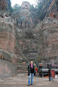 El Buda de Leshan, China Snow, China, History, Places, Travel, Outdoor, Buddha, Historia, Viajes