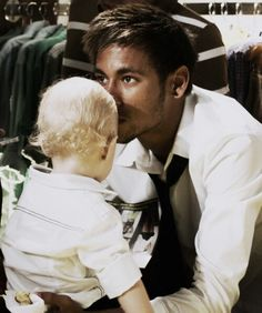 Neymar and his son <3 love these boys!! www.footballvideopicture,com