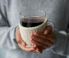 Der wärmt uns erst mal richtig durch: Mit gutem Rotwein, Orange, Holunder und Glühweingewürzen.