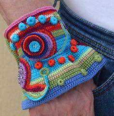 Boho Crochet Bracelet Cuff with freeform by ShvedovaJoDesign