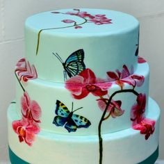 MurrayMe Brighton  hand painted wedding cake with butterflies