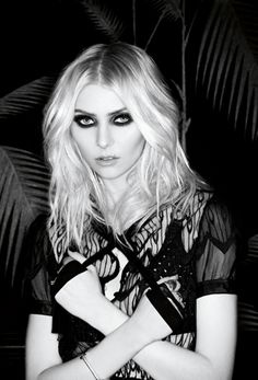 Taylor Momsen of the Pretty Reckless.