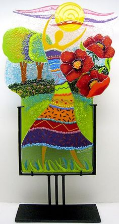 Beautiful color and details! Gifted Glass fusing artist!