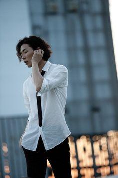 Half japanese and korean, actor: Kim Jae-Wook (김재욱)