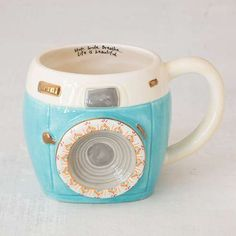 The perfect mug for your friends and family who love taking photos!