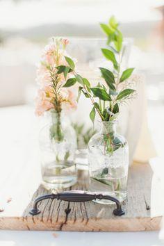 DIY Wedding Flowers/ Wedding DIY/ Centerpiece DIY/ Floral Centerpiece/ Summer Wedding/ Spring Wedding/ Wedding Flower DIY/ Fall Wedding/ Wedding Inspiration/ Rustic Wedding/ Charming Wedding/ Outdoor Wedding/ Outdoor Entertainment