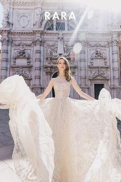 Lace wedding dress, LOVIA, lace wedding gown, bridal dress, ball gown