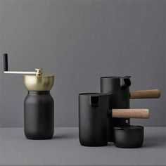 Designed by Daniel Debiasi and Frederico Sandri of Something design studio, the Collar collection concerns one of the most Italian designs- that of the Moka sto