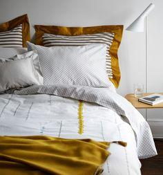 The Art of Mixing Linen Patterns - WSJ.com