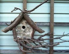 Rustic Wood Birdhouse Design Ideas, Natural Choices for Feathered Friends Homemade Bird Houses, Bird Houses Diy, Fairy Houses, Garden Houses, Bird House Plans, Bird House Kits, Bird House Feeder, Rustic Bird Feeders, Keramik Design