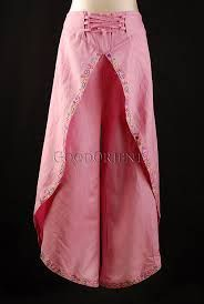 Pink Napel Butterfly Pants - these are actually prettier than the others! would look nice with a grey tank! Tulip Pants, Diy Fashion, Fashion Outfits, Wrap Pants, Sleeves Designs For Dresses, Pants For Women, Clothes For Women, Clothes Crafts, Couture
