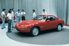 Such a good article about the Miata! Mx5 Parts, Thing 1, Mazda Miata, Mk1, Concept Cars, Super Cars, Vehicles, Asia, Design