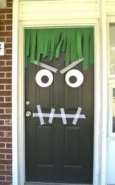 Monster door #HappyHalloween #decor #decoration #HalloweenParty #simple #party #kids #children #preschool #kindergarten #toddler #prek #diy #craft #art #activity
