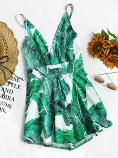 Shop Palm Leaf Print Plunging Zipper Back Cami Romper online. SheIn offers Palm Leaf Print Plunging Zipper Back Cami Romper & more to fit your fashionable needs.