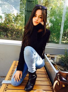 """""""Camaustin"""" is officially over after Camila Cabello confirmed the news. Cabello also says she wants """"mistletoe action"""" after breakup with short-time boyfriend Austin Mahone. Cabello was also the one to confirm weeks ago that they had started dating. Shawn Mendes, Camila Album, Celebrity Crush, Celebrity Style, Celebrity Dads, Fangirl, Fifth Harmony Camren, Camila And Lauren, Austin Mahone"""