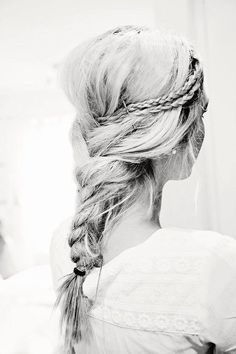 I would love to try this but I feel like it would only look great with light colored hair