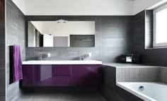 Smart And Creative Smart And Creative Purple And Grey Bathroom Ideas Pop Out Purple Modern Bathrooms Lonny - Osirix Interior Bathroom Design Luxury, Purple Bathrooms, Small Bathroom, Bathroom Decor, Modern Luxury Bathroom, Bathroom Renovation, Bath Vanity Lighting, Modern Bathroom Decor, Bathroom Mirror