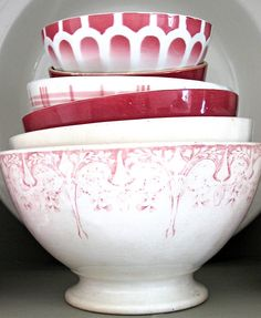 Vintage French Bowls by petits détails, via Flickr