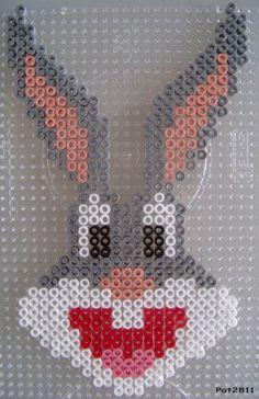 Bugs Bunny hama perler by Les loisirs de Pat