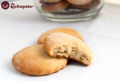 Cómo preparar unas galletas caseras de nata, parecidas a la que preparaba mi madre cuando era un niño. Unas galletas suaves, untuosas y dulces.