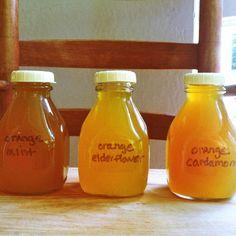 Homemade Orange Soda Syrups - Recipe for Simple Orange Syrup with variations for Orange Mint Syrup, Orange Cardamom Syrup, and Orange Elderflower Syrup Soda Stream Recipes, Soda Syrup, Salsa Dulce, Orange Syrup, Soda Recipe, Homemade Syrup, Orange Soda, Orange Orange, Smoothie Drinks