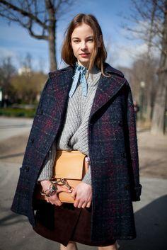 Paris Fashion Week Fall 2016 street style | Plaid coat + knit sweater #PFW [Photo: Kuba Dabrowski]