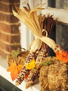 What could symbolize the Midwest as well as corn? This fall, use dried corn to create wreaths, centerpieces, garlands, entryway decor and more.
