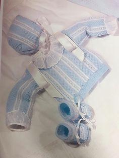 Lidy Dulce bebé. : Patrón gratuito de revista 🧶 Chaqueta nº 3 🧶 Handmade Baby, Baby Knitting, Knit Crochet, Gloves, Lady, Blog, Fashion, Baby On The Way, Knit Jacket