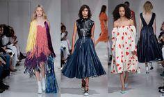 Sfilata Calvin Klein Primavera Estate 2018 - https://www.beautydea.it/sfilata-calvin-klein-primavera-estate-2018/ - Calvin Klein ha presentato a New York le nuove collezioni di abbigliamento uomo e donna primavera estate 2018.  Entrambe le collezioni sembrano uscite da un vecchio film anni '50.