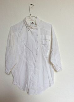 Kaufe meinen Artikel bei #Kleiderkreisel http://www.kleiderkreisel.de/damenmode/blusen/104560280-weisse-vintage-bluse-minimalistic-chic