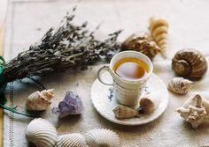How to serve tea.