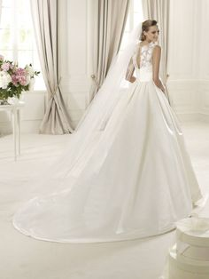 Ball Gown Wedding Dresses : Pronovias presents the Dalia bridal dress, Costura Size 12 Wedding Dress, Wedding Dress 2013, Pronovias Wedding Dress, Bridal Wedding Dresses, Bridesmaid Dresses, Dress Vestidos, Traditional Wedding Dresses, Long Sleeve Wedding, Fashion Moda